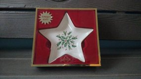 Holiday Star Candy Dish  Lenox in Chicago, Illinois