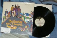 BEATLES YELLOW SUB [ORIG. VINYL APPLE LABEL] in Palatine, Illinois