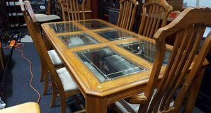 Beautiful Solid Oak And Leaded Glass Dining Set - Delivery Available in Tacoma, Washington