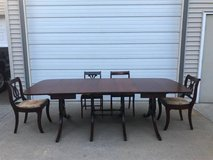 Beautiful Duncan Phyfe dining Table & 8 chairs in Naperville, Illinois