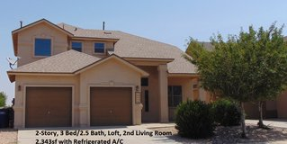 2 Story Northeast 4 Bdrm Home w/ Refrigerated A/C in El Paso, Texas
