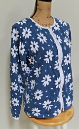 Cathy Daniels Zip Front Cardigan, Blue w/White Flowers, Cotton, Large in Bolingbrook, Illinois