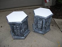 SET OF 2 END TABLES ALL WOOD ORNATE in Bolingbrook, Illinois