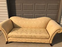 Couch excellent condition golden yellow in Bolingbrook, Illinois