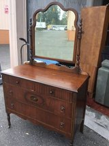 Fantastic Vintage Dresser and Mirror  - Delivery Available in Tacoma, Washington