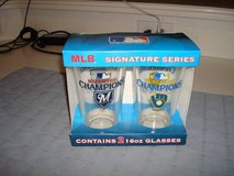 Milwaukee Brewers 2011 NL CENTRAL DIVISION CHAMPIONS Pint Glasses NIB! in Brookfield, Wisconsin