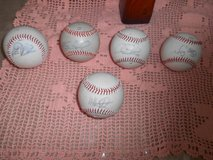 5 MLB Autographed Baseballs! Player Autographs Unknown! Lot of 5 Rawlings in Houston, Texas