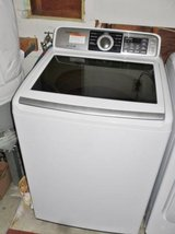 Newer SAMSUNG washer and dryer!  Estate Sale in Vacaville in Vacaville, California