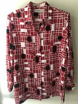 Women's blouse size L in Bolingbrook, Illinois