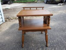 VINTAGE SQUARE 2 TIER END TABLE in Chicago, Illinois