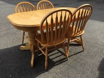 Country Dining Table and Four Chairs - Delivery And Financing* Availab in Fort Lewis, Washington
