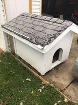 ALL WOOD DOGHOUSE in Orland Park, Illinois