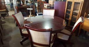 Gorgeous Red Mahogany Dining Table and Four Chairs - Delivery Availabl in Fort Lewis, Washington