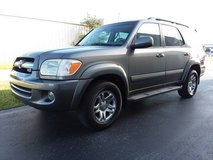 05 Toyota Sequoia Limited FullSize Seven Passenger SUV Sunroof Leather in Cherry Point, North Carolina