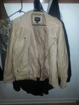 Men's Tan Leather (?) Jacket in Cleveland, Texas