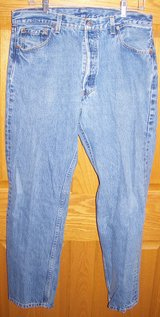 levi's 501xx men's denim button fly straight leg jeans size 36 x 32 in Palatine, Illinois