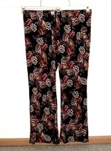 NEW Womens 3X Ultra Flirt Yummy Flare Leg Pants Plus 3X Floral Paisley Travelers 22w 24w in Morris, Illinois