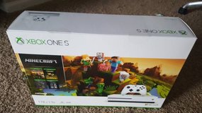 Brand new Xbox One S 1 TB Minecraft Creators Bundle with 4K output in St. Charles, Illinois