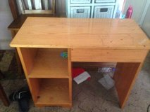 Solid wood Childs Desk w shelves & Drawer in Fort Campbell, Kentucky