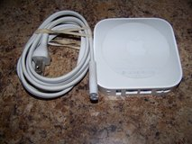 a1392 apple airport express mc414ll/a  wi-fi 802.11n  2nd gen wireless router in St. Charles, Illinois