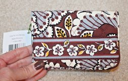 NWT - Vera Bradley One for the Money Bifold Wallet, Slate Blooms, MSRP $26 in St. Charles, Illinois