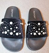 New Black & Pearl Slides from Report - Left is Sz 8 & Right is Sz 9 in Plainfield, Illinois