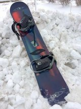 Snowboard Killer Loop Ft2 Her w/ Bindings Made in Austria REDUCED! in Westmont, Illinois