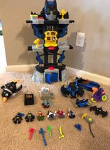 Imaginext Batcave Batman SET, Fisher-Price, lots of accessories in Houston, Texas