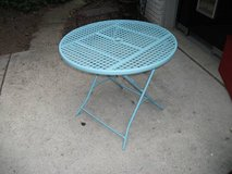 ALL METAL PATIO TABLE in Bolingbrook, Illinois