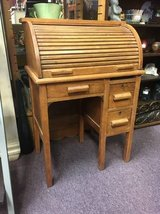 Child Rolltop Desk in St. Charles, Illinois