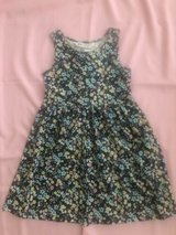 H&M girls dresses size 4-6Y NWT Flowers in Bolingbrook, Illinois