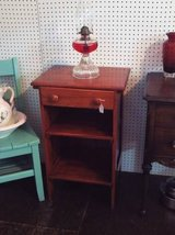 Antique End Table/Night Stand (Solid Oak) in Warner Robins, Georgia