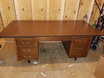 Executive Desk - Solid Wood Vintage in Conroe, Texas