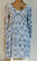 BOHO Loose & Flowing Blue & White Gauze Rayon Dress, 3/4 Trumpet Sleeves, Small in Plainfield, Illinois