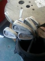 Titlist Golf Clubs with Black Bag in Cleveland, Texas