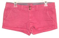 American Eagle Hot Pink Mini Short Shorts w Flap Pockets Womens 6 Stretch in Yorkville, Illinois