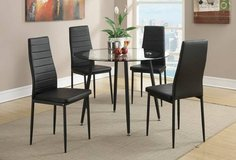 New! Glass Round Table and 4 Chairs FREE DELIVERY in Camp Pendleton, California