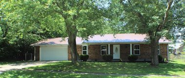 Brick Ranch with 3 bedrooms, 2 baths in Fort Knox, Kentucky