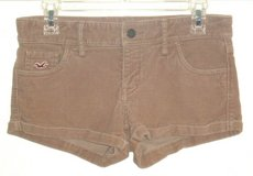 Hollister Beige Cuffed Corduroy Shorts Womens Tag 0 w24 Measures 30 in Joliet, Illinois