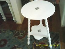 TABLE ALL WOOD VINTAGE CARVED in Glendale Heights, Illinois