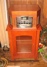 CROSLEY CR248 Turntable CD Recorder AM/FM Radio & Remote in Plainfield, Illinois