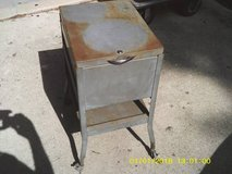 CART INDUSTRIAL RUSTIC LOOK POPULAR STYLE NOW in Glendale Heights, Illinois