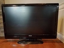 "42"" TV in Fort Campbell, Kentucky"