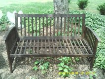 BENCH ALL WOOD OUT DOOR in Glendale Heights, Illinois