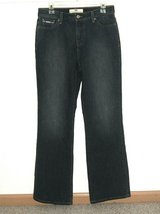Levis 512 Perfectly Slimming Boot Cut Denim Jeans Womens 10 M 10M in Chicago, Illinois