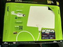 Mohu Leaf 50 Indoor Amplified HDTV Antenna in Chicago, Illinois