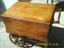 REDUCED....TEA CART VINTAGE in Orland Park, Illinois