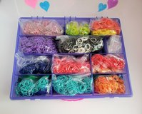 ORGANIZER CONTAINER FILLED WITH 1,000's OF RAINBOW LOOM BANDS & CLIPS in Glendale Heights, Illinois