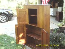 CABINET MADE AMISH FROM INDIANA ALL WOOD in Glendale Heights, Illinois