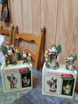 2 international santa claus collection (wales & chili) figurines & ornaments in Spring, Texas